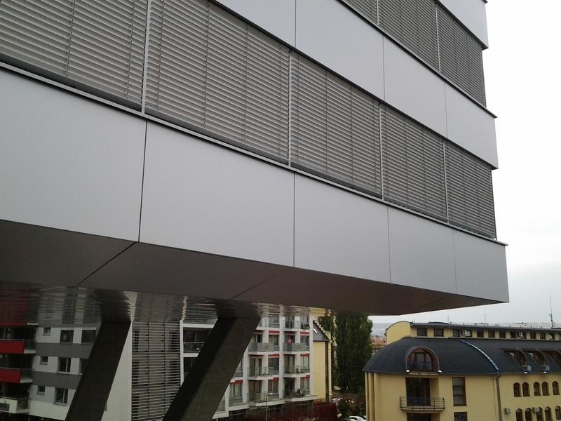Cassovar, Košice, exteriérové žalúzie | http://www.ksystem.sk/sk/produkty/zaluzie/exterierove-zaluzie/exterierove-zaluzie-prominent.html