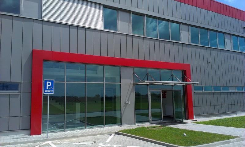 IEE Sensing Slovakia, Kechnec, exteriérové žalúzie