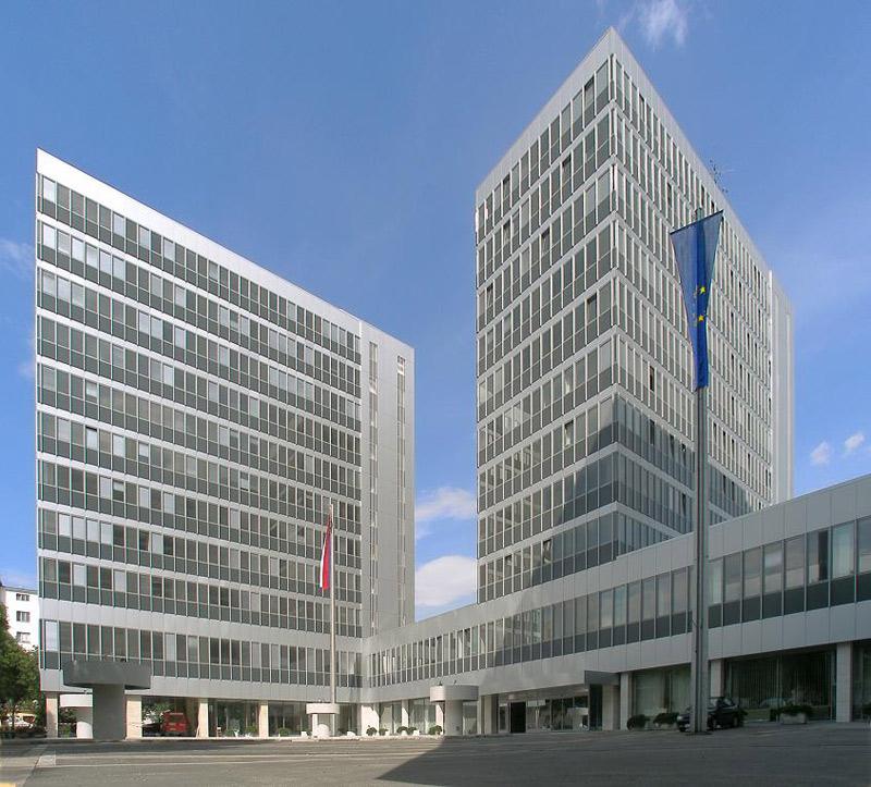 MPVSVR, Bratislava, interiérové žalúzie | http://www.ksystem.sk/sk/produkty/zaluzie/interierove-horizontalni-zaluzie/