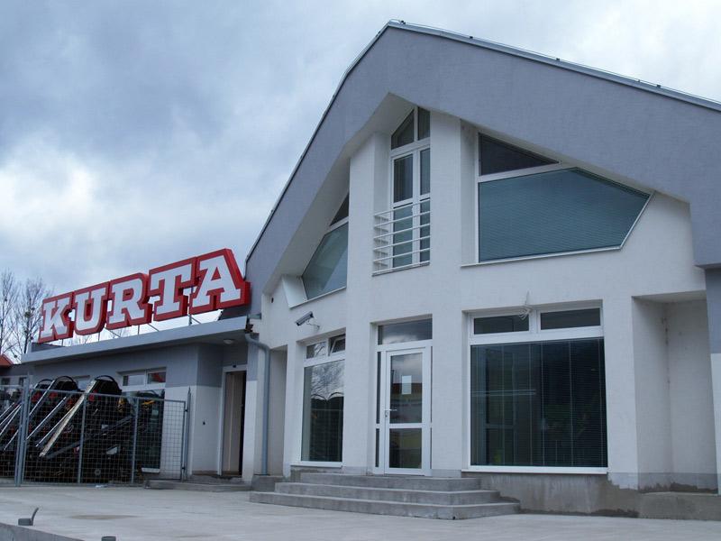 Kurta, Banská Bystrica, interiérové žalúzie | http://www.ksystem.sk/sk/produkty/zaluzie/interierove-horizontalni-zaluzie/basic-design.html