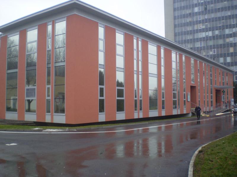 Poliklinika, Šaca, interiérové žalúzie | http://www.ksystem.sk/sk/produkty/zaluzie/interierove-horizontalni-zaluzie/diplomat-50.html